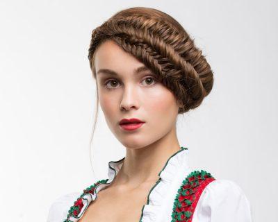 Frisurentrend: Wiesn-Krone: Moderne Dirndl-Frisuren für das Oktoberfest 2015
