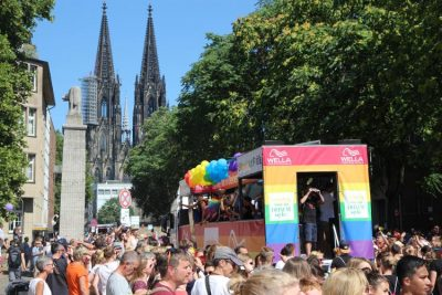 19 - Coming out in deinem Wella Style auf der Cologne Pride