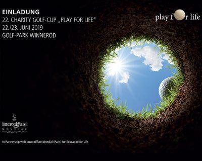 Bild zu Großartig golfen und großherzig helfen