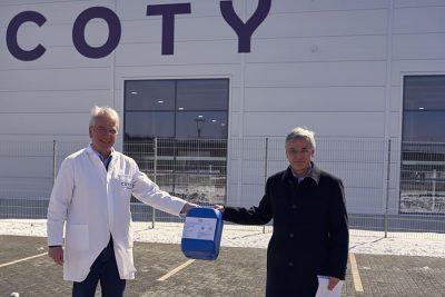 Bild zu Coty Rothenkirchen produziert und spendet Handdesinfektionsmittel, um Eindämmung des Coronavirus zu unterstützen