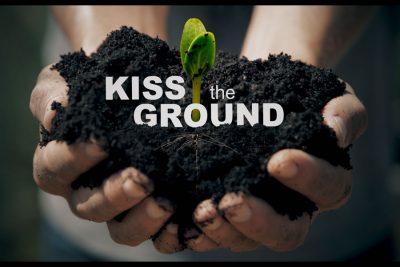 Bild zu Kiss the Ground - ein Film, eine Idee, eine gute Entscheidung