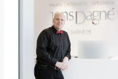 Bild zu Jens Dagné zum Ehrenmitglied von Intercoiffure Mondial und Intercoiffure Deutschland ernannt