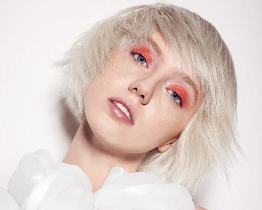 Frisuren 2019 - Elise Antoine erfindet das Blond neu