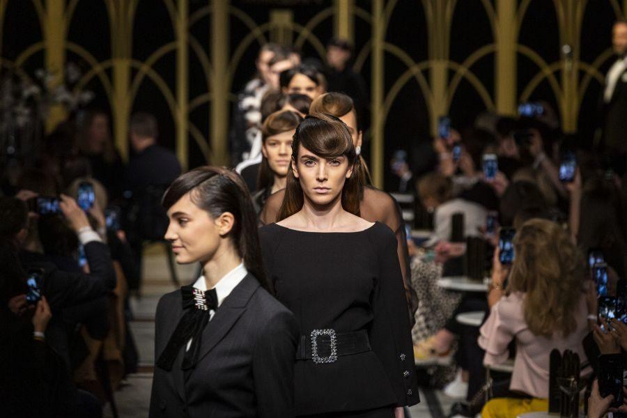 Bild Hollywood- und Frisuren-Glamour bei der Berliner Fashion Week 2020
