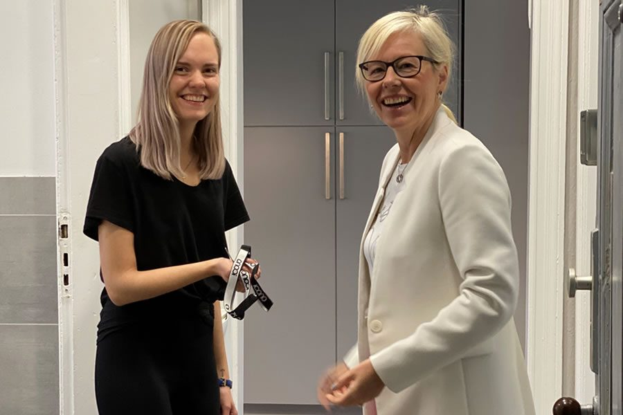 ICONO übergibt Mitarbeiterwohnung in Berlin
