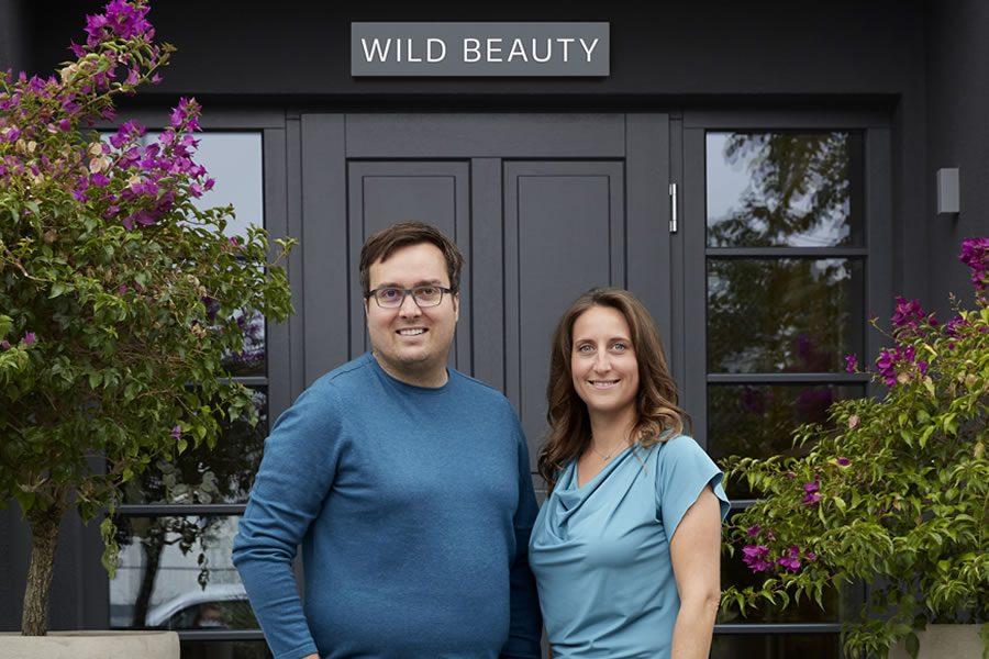Friseure in Not: Wild Beauty GmbH unterstützt bundesweit Corona-Klagen