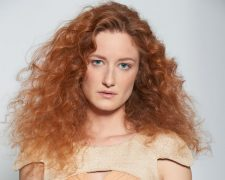 LIGHT Collection: Frisuren Frauen
