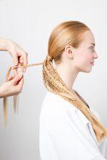 Frisuren-Trends 2 - Wiesn-Flechtkranz - Frisur für das Oktoberfest 2016
