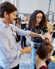Frisuren-Trends 14 - Supermodel-Reunion bei Versace
