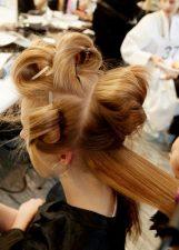 Frisuren-Trends 15 - Supermodel-Reunion bei Versace