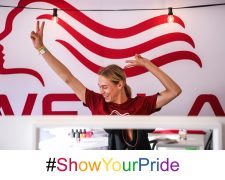 Show your love!: WELLA PROFESSIONALS