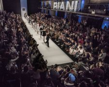 MBFW 2018 - RIANI Show 'American Way of Life': Fashion Week - aktuelle Mode- und Frisurentrends