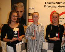 Die besten Friseurgesellen beim praktischen Leistungswettbewerb in Frankfurt/Main - Bild