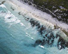 KEVIN.MURPHY stellt seine Verpackung zu 100 Prozent auf recycelte Meereskunststoffe um - Bild