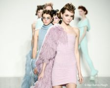 London Fashion Week - Fashion Show von Mark Fast: