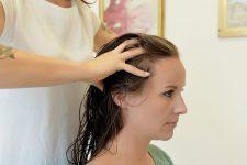 20   Salonkunden mit Kopfhaut- und Haarproblemen im Fokus