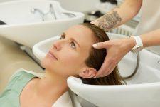 5   Salonkunden mit Kopfhaut- und Haarproblemen im Fokus