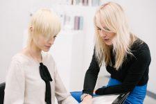 2 | Einführung des neuen TIGI Copyright Colour True Light Freestyle Blonder