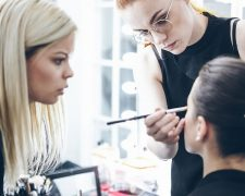 Trendfrisuren - Seminar: Das perfekte Make-Up