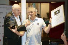 5 | Friseure und ihre Gäste ergolfen 12.200 Euro für eine bessere Zukunft