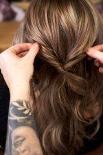 Frisuren-Trends 10 - Step-by-Step zum Weihnachtslook