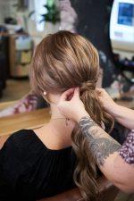 Frisuren-Trends 2 - Step-by-Step zum Weihnachtslook