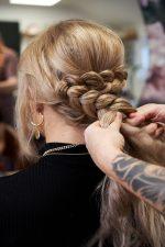 Frisuren-Trends 28 - Step-by-Step zum Weihnachtslook
