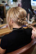 Frisuren-Trends 29 - Step-by-Step zum Weihnachtslook