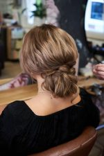 Frisuren-Trends 5 - Step-by-Step zum Weihnachtslook