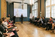 13   Leading Salon Ladies: Frauen in Führung