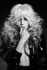 "Frisuren-Trends 1 - Daniele Dragotta präsentiert ""ice-blond attraction"" Kollektion"