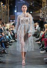 Frisuren-Trends 7 - La Biosthétique Paris entwirft als exklusiver Beauty Partner Haar- und Make-up Looks zur feenhaften Lana Mueller Show Innocence