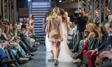 Frisuren-Trends 9 - La Biosthétique Paris entwirft als exklusiver Beauty Partner Haar- und Make-up Looks zur feenhaften Lana Mueller Show Innocence