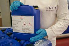 1 | Coty Rothenkirchen produziert und spendet Handdesinfektionsmittel, um Eindämmung des Coronavirus zu unterstützen
