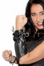 1 | Herzinger Schneidepartner GmbH übernimmt Vertrieb der Wristband Arts und ergänzt Teamkompetenz