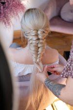 Frisuren-Trends 8 - Corona-Frisur leicht gemacht