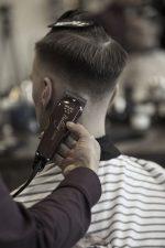 Frisuren-Trends 17 - Skinfaded Sideparting - Wahl präsentiert den markanten Männerlook 2020