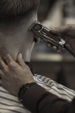 Frisuren-Trends 18 - Skinfaded Sideparting - Wahl präsentiert den markanten Männerlook 2020