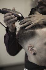 Frisuren-Trends 19 - Skinfaded Sideparting - Wahl präsentiert den markanten Männerlook 2020