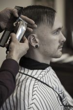 Frisuren-Trends 20 - Skinfaded Sideparting - Wahl präsentiert den markanten Männerlook 2020