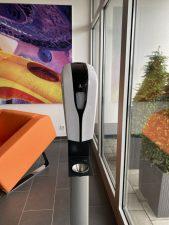 Desinfektion leicht gemacht: Automatischer Dispenser von Red Deer®