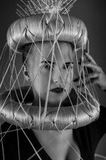 Frisuren-Trends 10 - The Red Thread von Lisa Bedrava