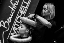 Frisuren-Trends 32 - The Red Thread von Lisa Bedrava