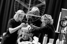 Frisuren-Trends 37 - The Red Thread von Lisa Bedrava