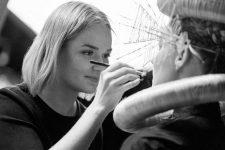 Frisuren-Trends 39 - The Red Thread von Lisa Bedrava
