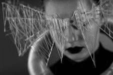 Frisuren-Trends 9 - The Red Thread von Lisa Bedrava