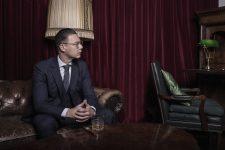 Frisuren-Trends 2 - Wahl präsentiert den Klassiklook 2020 für Männer