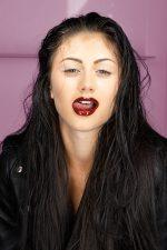 Frisuren-Trends 10 - Nadia Bouchikhi - INSOLENTE