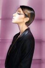 Frisuren-Trends 14 - Nadia Bouchikhi - INSOLENTE