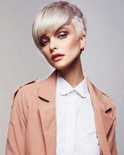 Frisuren-Trends 2 - Das Marc Antoni Artistic Team präsentiert seine Blonde Ambition Collection